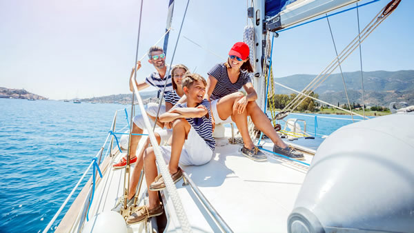 yacht charter auction subscription